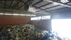 Odour control recycling
